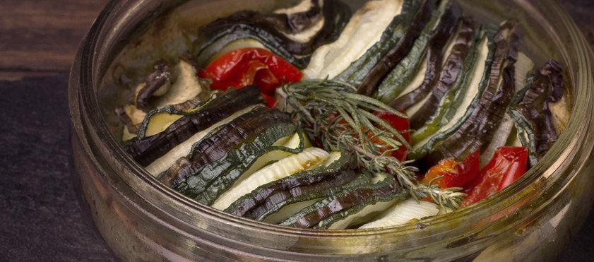 Tian de courgettes, aubergines, poivrons et tomates