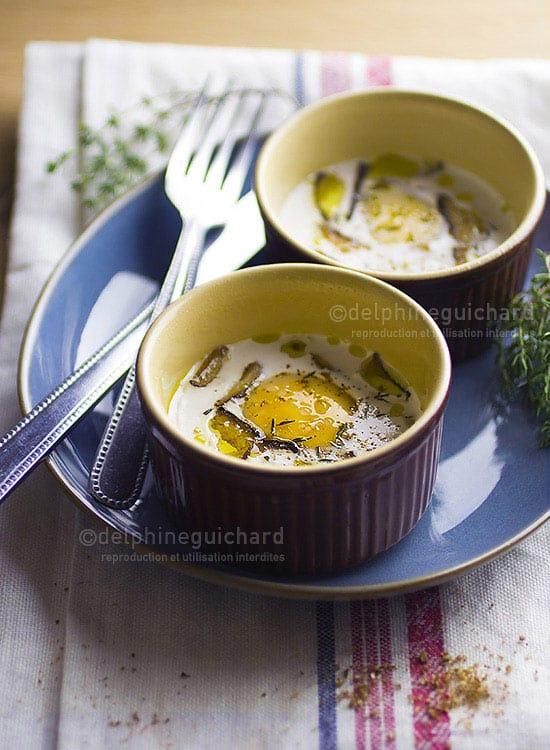 Simplement bio, simplement bon, par Valérie Cupillard - Photographies de recette : oeufs cocotte à la crème d'amande